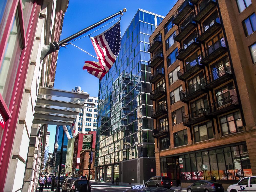 Luxury Chicago Rentals: JeffJack Building